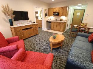 Best PayPal Hotel in ➦ West Yarmouth (MA): The Holly Tree Resort Hotel a VRI Resort