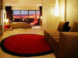Pullman Barcelona Skipper Hotel guestroom junior suite