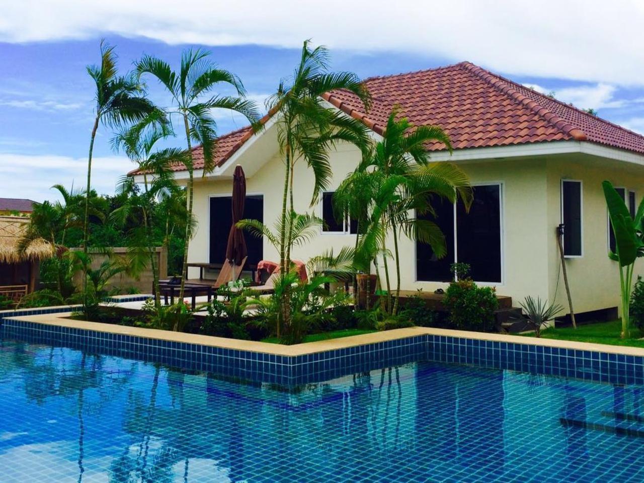 บางสเร่ วิลลา (Bangsaray Villa)