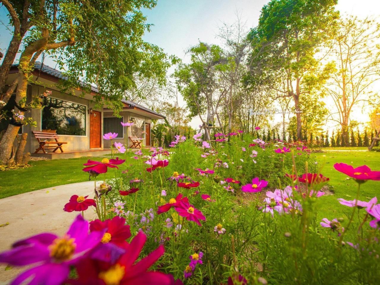 วิลลา เดอ บัว รีสอร์ต แอนด์ สปา แอท น่าน (Villa De Bua Resort and Spa at Nan)