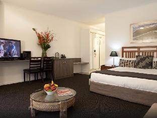 Hotel Deluxe Room