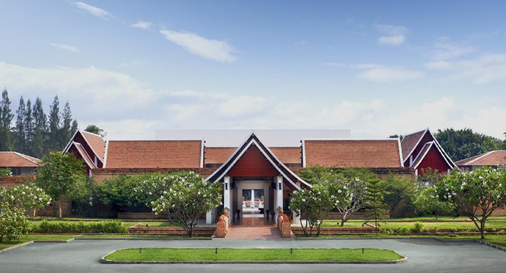 Sukhothai Heritage Resort (SHA Certified)