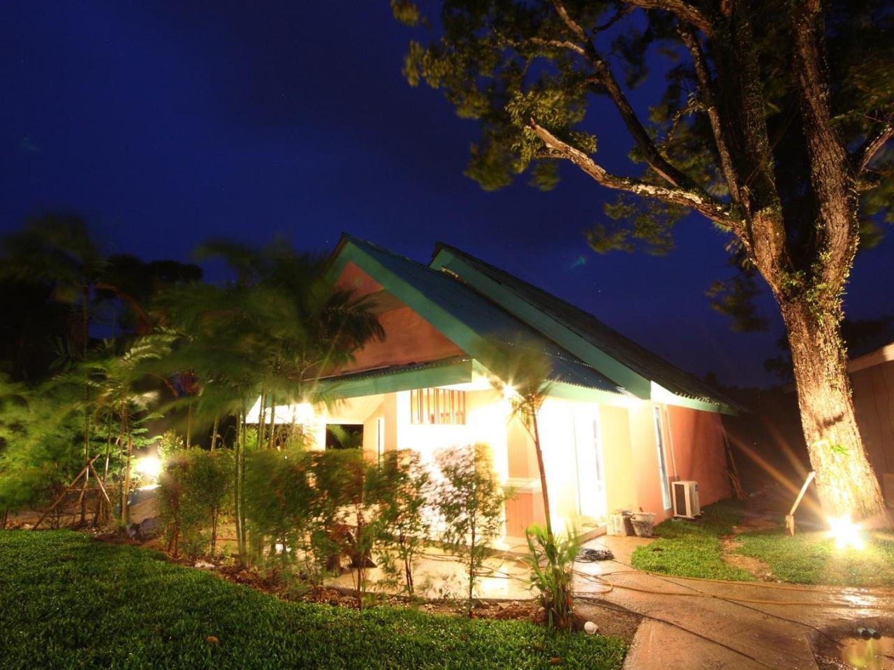 บันดาหลา รีสอร์ต (Baan Dahla Resort)