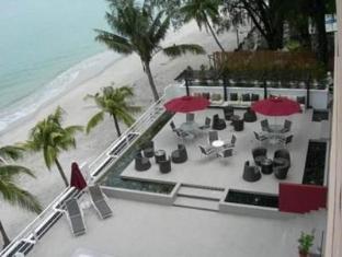 Naza Talyya Seaview Beach Hotel Penang - Exterior