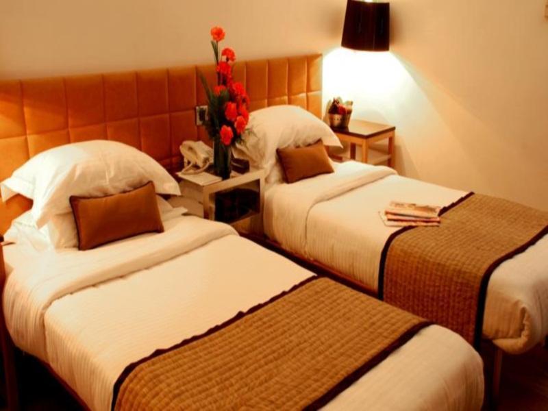 ホテル パレス ハイツ