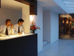 Hotel Palace Heights Дели - Стойка регистрации
