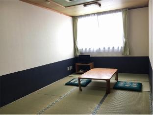 Business Hotel Serikawa image