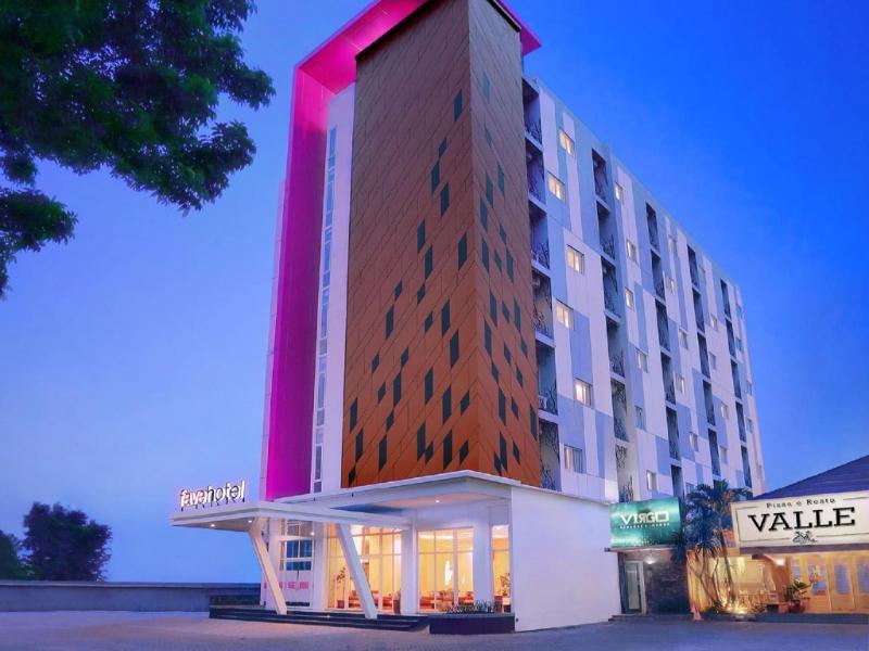 Hotel Dekat RS Roemani Semarang