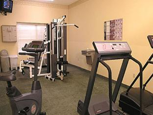 Country Inn & Suites By Carlson Phoenix Airport At Tempe Hotel Tempe (AZ) - Fitness Room