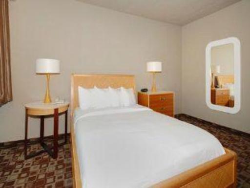 ➦  Choice Hotels    (Illinois) customer rating