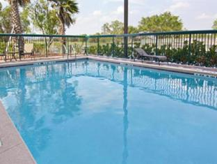 Wingate by Wyndham - Orlando International Airport Hotel - Orlando