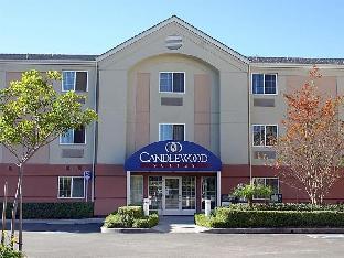 キャンドルウッド スイート オレンジ カウンティ アーバイン スペクトラム ホテル