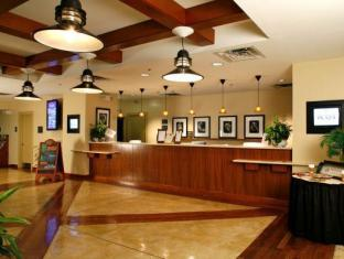 Paramount Plaza Hotel and Suites Gainesville (FL) - Lobby