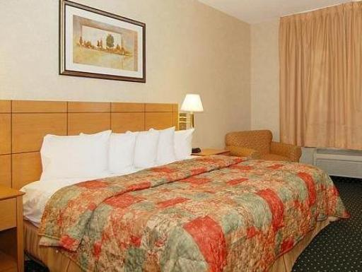 Comfort Inn Moline - Quad Cities hotel accepts paypal in Moline (IL)