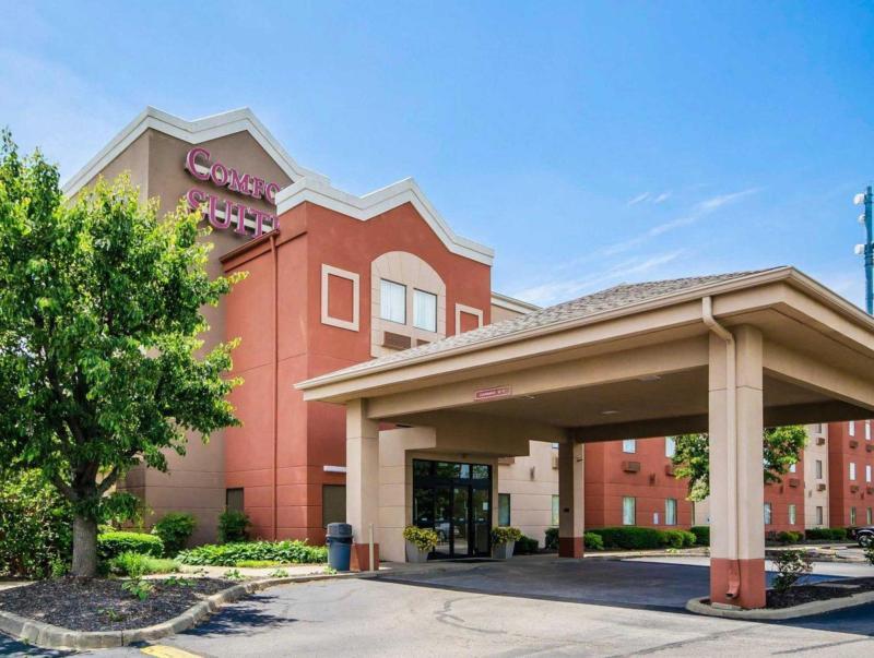 Comfort Suites East - Louisville, KY 40299
