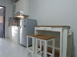 RedDoorz @ Jakarta Residencies