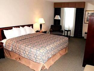 Holiday Inn Rocky Mount Hotel Rocky Mount (NC) - King Guest Room