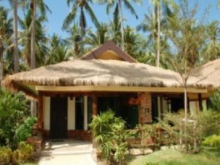 Lanta Resort guestroom junior suite