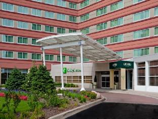 Holiday Inn Hotel & Suites Chicago-O