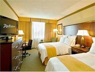 Best Deal In Largo Md Radisson Hotel Washington Dc