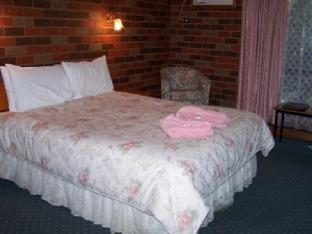 Best guest rating in Tocumwal ➦  takes PayPal