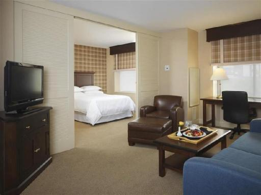 Sheraton Suites Akron Cuyahoga Falls hotel accepts paypal in Cuyahoga Falls (OH)