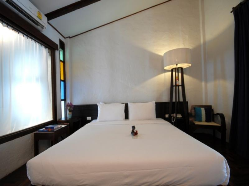 โรงแรมบ้านไทย วิลเลจ