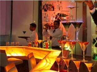 Savannah Hotel Bengaluru / Bangalore - ONYX - Bar