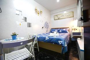 #3 Deluxe Double Bed at TST MTR/ 2 PAX