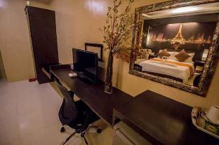 Junior Suite Room 03