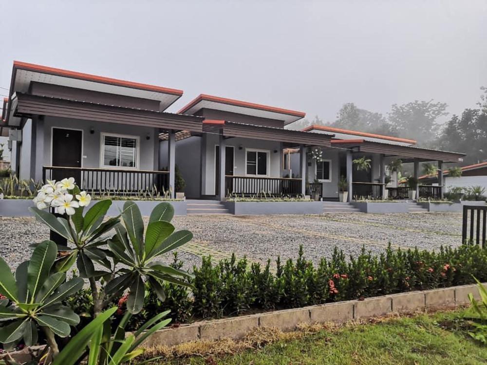 Phu-ploy  Resort