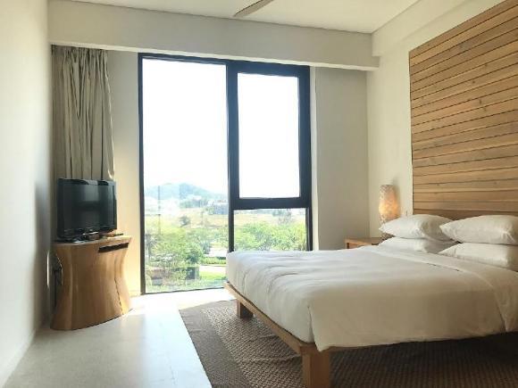 Golden Place Ha Noi Apartment Building