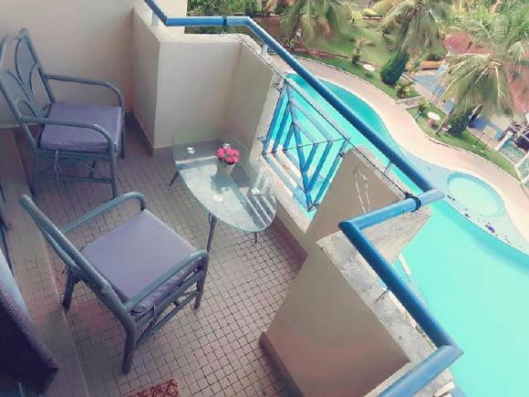 Pool View Apartment Teluk Kemang