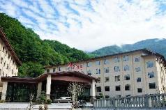 Shennongjia big nine lake hotel is designed, Shennongjia Linqu