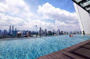 Regalia Suites/KLCC Infinity Pool/Cozy Homestay