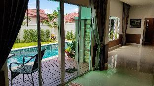 %name Fantastic New 3 Bed Pool Villa 7 mins to beach พัทยา