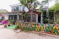 Beam river town villa zhuyun big bed room, Lijiang