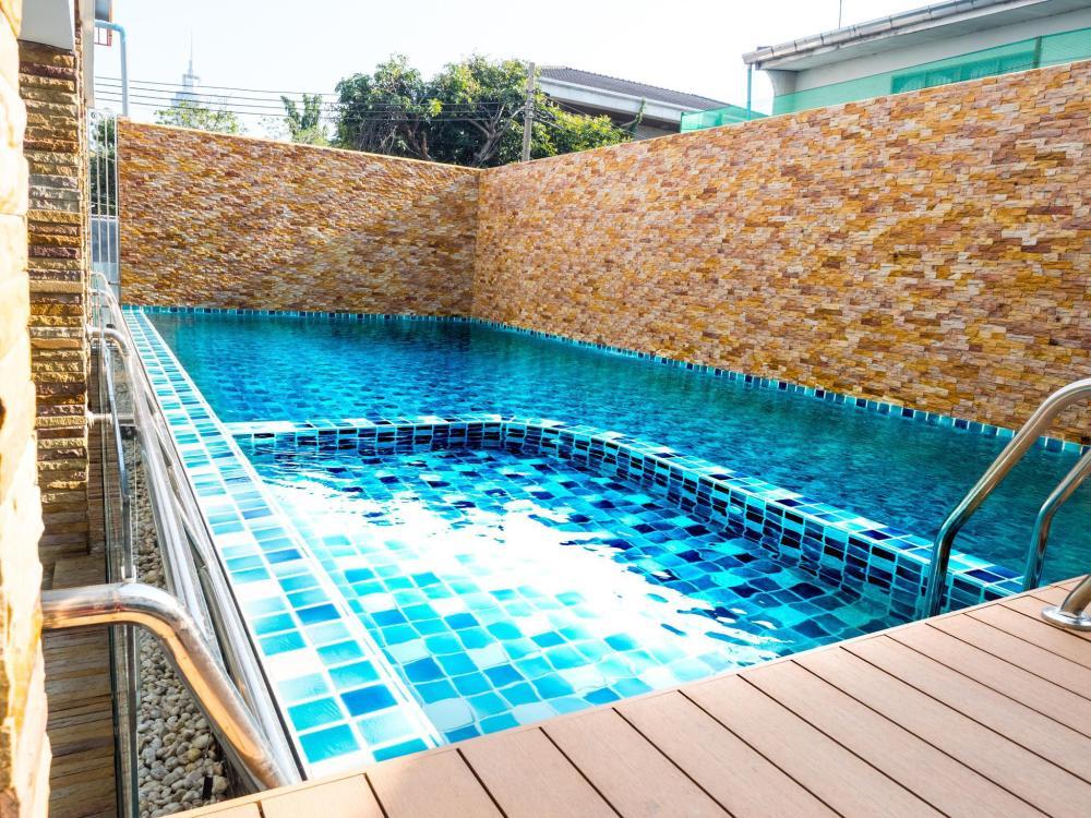 1R1B1S/F3030507 Suwatchai garden,Service Apartment