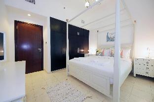 Luxury 2 Bedroom Apartment Al Fahad Tower 2 - image 5