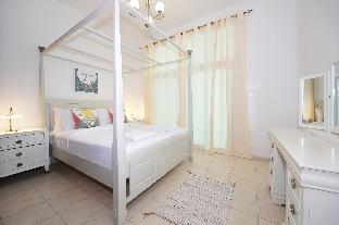 Luxury 2 Bedroom Apartment Al Fahad Tower 2 - image 4