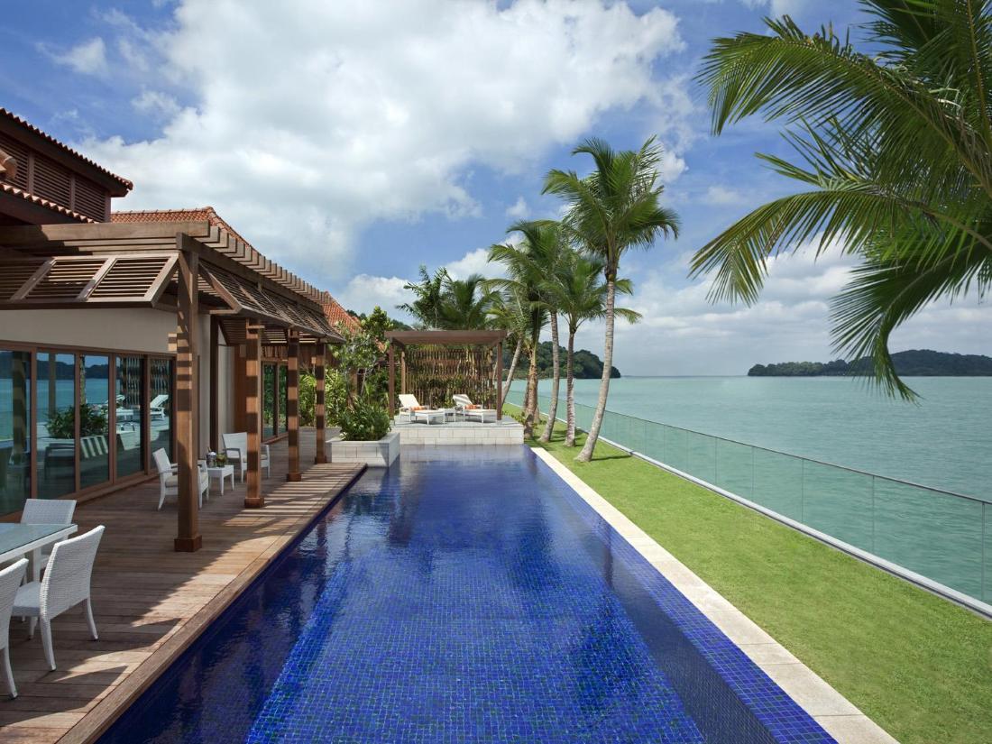 Best Price on Resorts World Sentosa - Beach Villas in