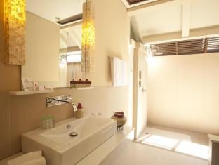 Amorita Resort Panglao Island - Bathroom