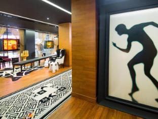 J Plus Hotel by YOO Hong Kong - Lobby