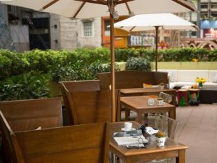 J Plus Hotel by YOO Hong Kong - Outdoor Podium