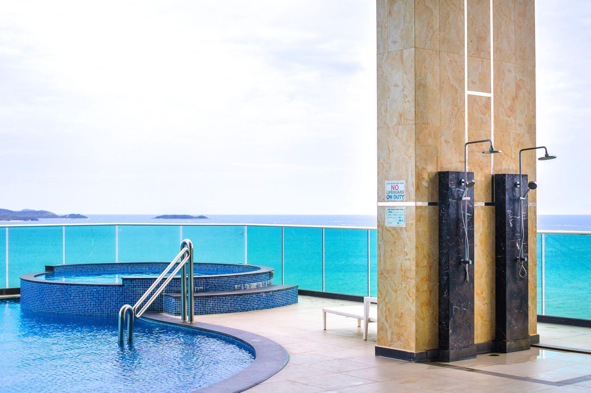 Cosy Beach View Luxury Apartments