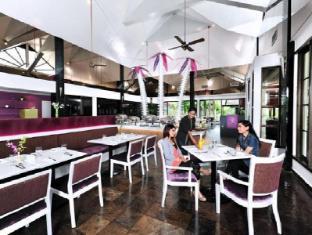 Pulai Desaru Beach Resort & Spa Desaru - Restaurant
