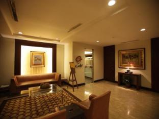 Amorsolo Mansion Hotel