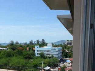 Room Naris Apartment
