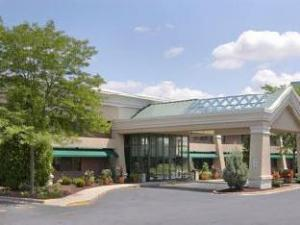 O hotelu Baymont Inn & Suites Madison West/ Middleton WI West (Baymont Inn & Suites Madison West/ Middleton WI West)