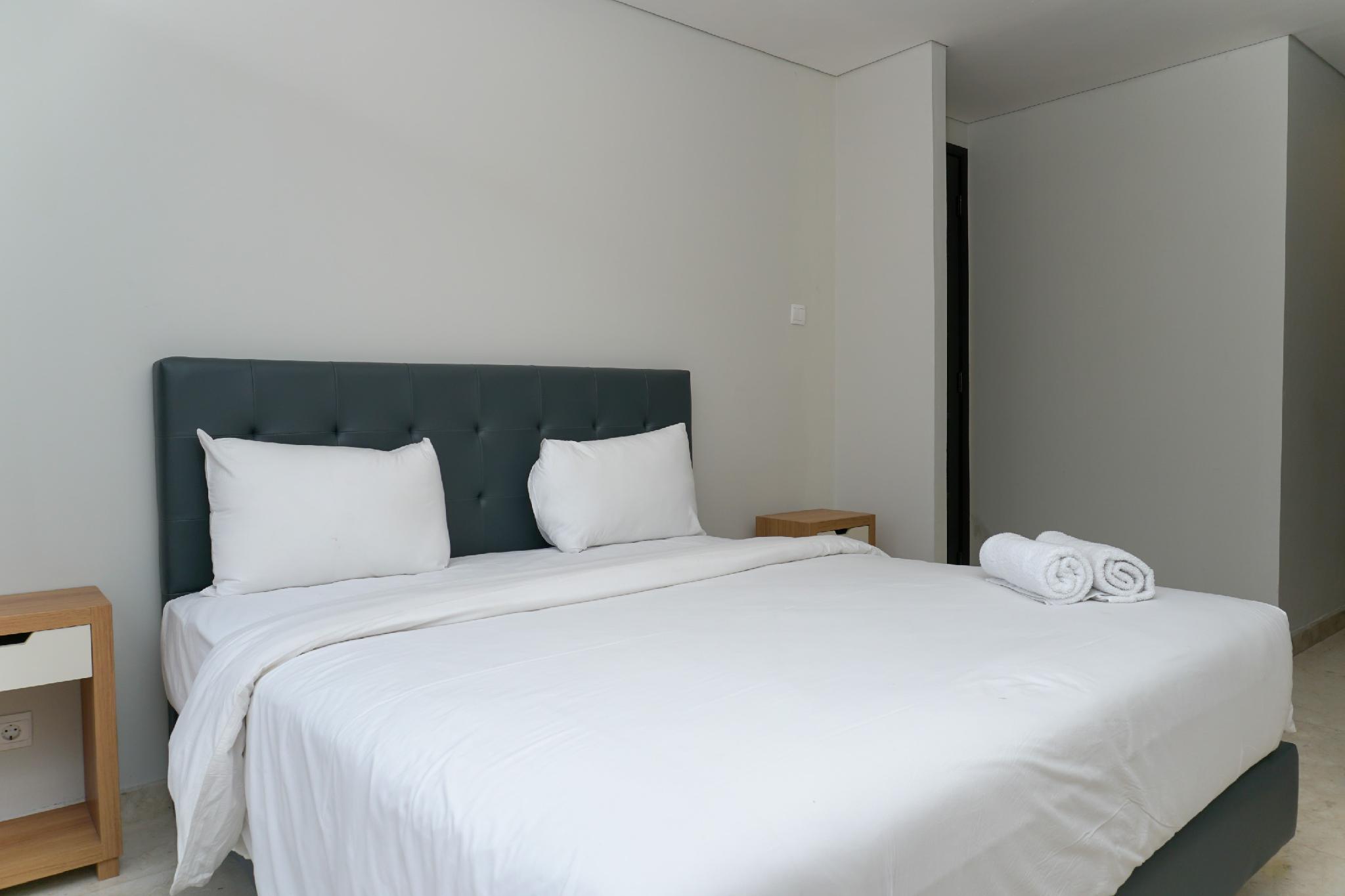 Luxury 2BR @ The Masterpiece Apartment By Travelio